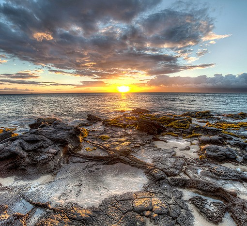 HDR Sunset on Hawaii by Volnukhin Anatoly