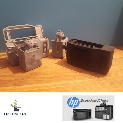 HP MultiJet Fusion brute et teintée_large